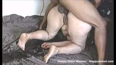 Great squiting granny !! Amateur older