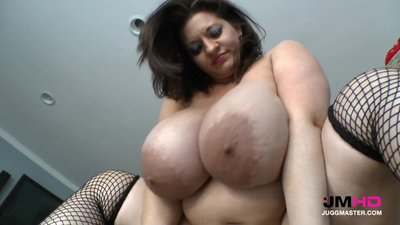 Mature bbw huge tits