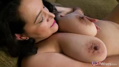 USAWives Chubby American mature lady..