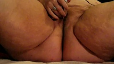 Mature BBW Whore Wanda Plays with Her..