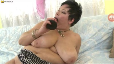 horny bbw granny playing