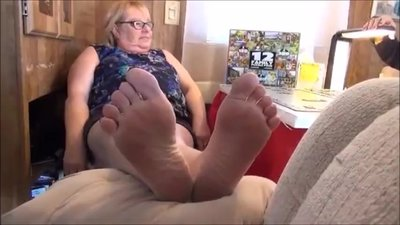 BBW Mature With Nice Soles Feet