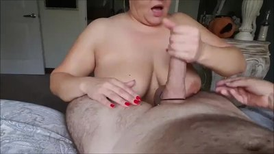 Mature bbw sucking me