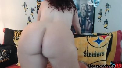 Chubby MILF in glasses riding on dildo