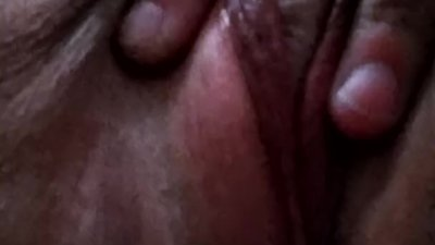 Fat Pussy With Dark Lips Fingering..