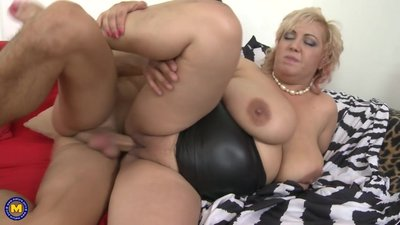 Busty natural mom Pilar seduced by..