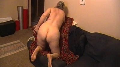 Kim Bates fingers her ass and hairy..