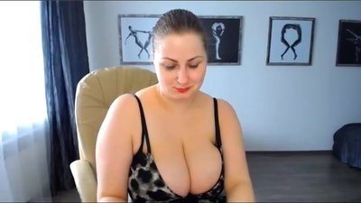 Sexy thick webcam mature