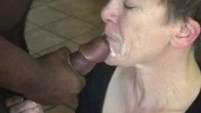 GRANNY DOGGY AND FACIAL