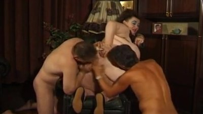 FAT GERMAN BBW GRANNY MOLLY PLAYS WITH..