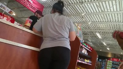 Mature pawg yoga pants